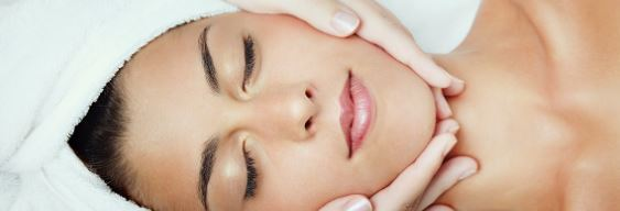 Gezichtsbehandeling, Facial Treatment in Amsterdam Noord